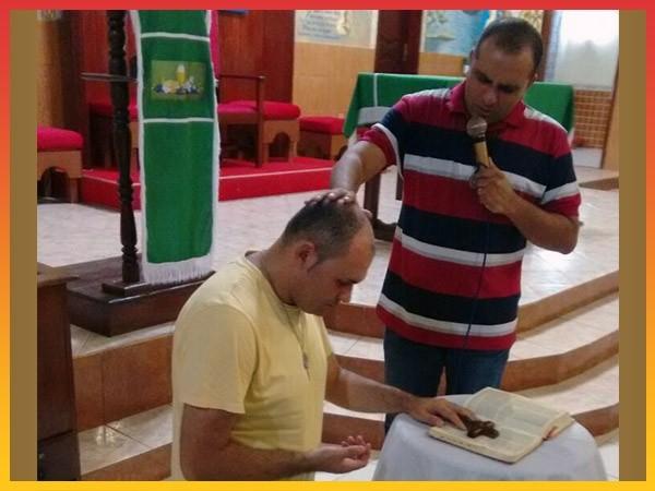SALOMÃO RONALDO, PRESIDENTE DO CONSELHO ESTADUAL DA RCCPARÁ VISITA GRUPO DE ORAÇÃO NOSSA SENHORA DAS GRAÇAS/DIOCESE DE ABAETETUBA